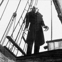 Top 100 mejores peliculas de vampiros de la Historia - 01 - Nosferatu 1922