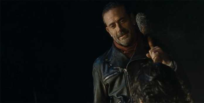 The Walking Dead final de la temporada 6 deja a los fans decepcionados , en la imágen el villano Negan