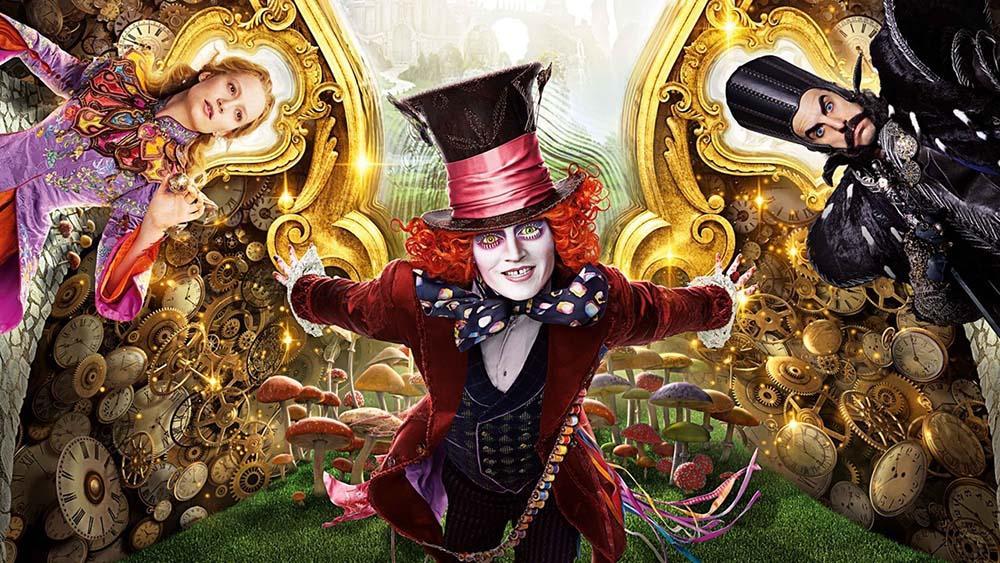 Alicia a través del Espejo trailer IMAX