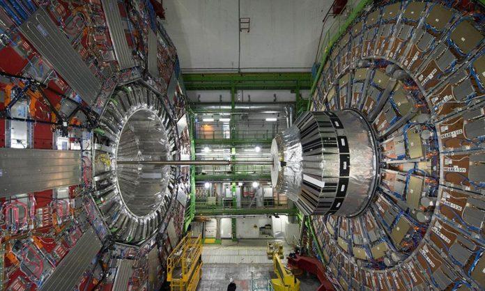 Posible nueva partícula descubierta con el LHC se desvanece