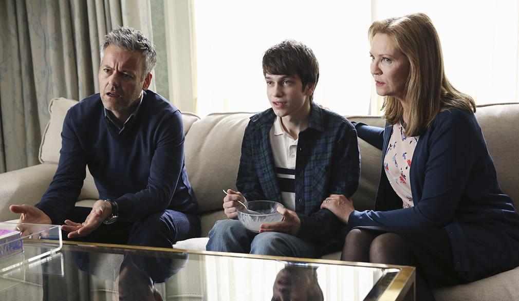 El Secreto de Adam avance de los episodios 5 y 6 Nina idea un peligroso plan