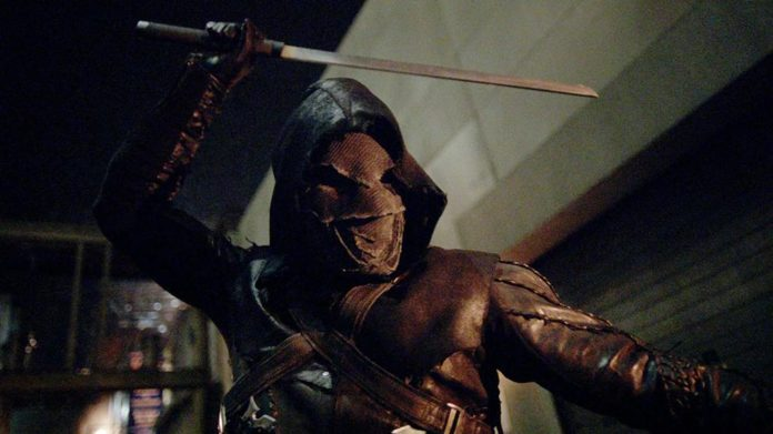 Arrow temporada 5 primeras fotos de Prometheus y los rusos