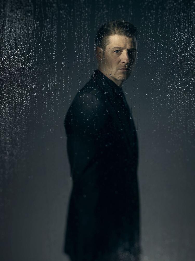 Gotham temporada 3 galería de personajes principales - Ben McKenzie como James Gordon