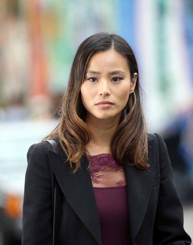 Gotham temporada 3 galería de personajes principales - Jamie Chung como Valerie Vale