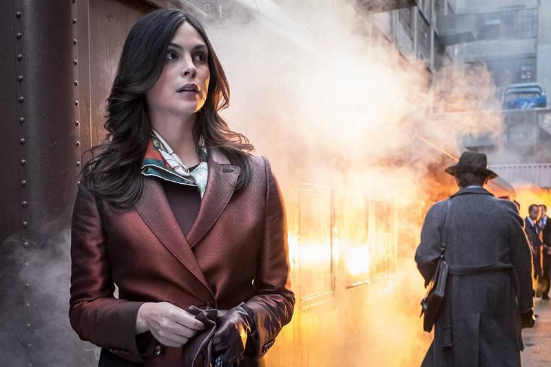 Gotham temporada 3 nuevas imágenes Poison Ivy, Fish Mooney y el doble de Bruce - Morena Baccarin