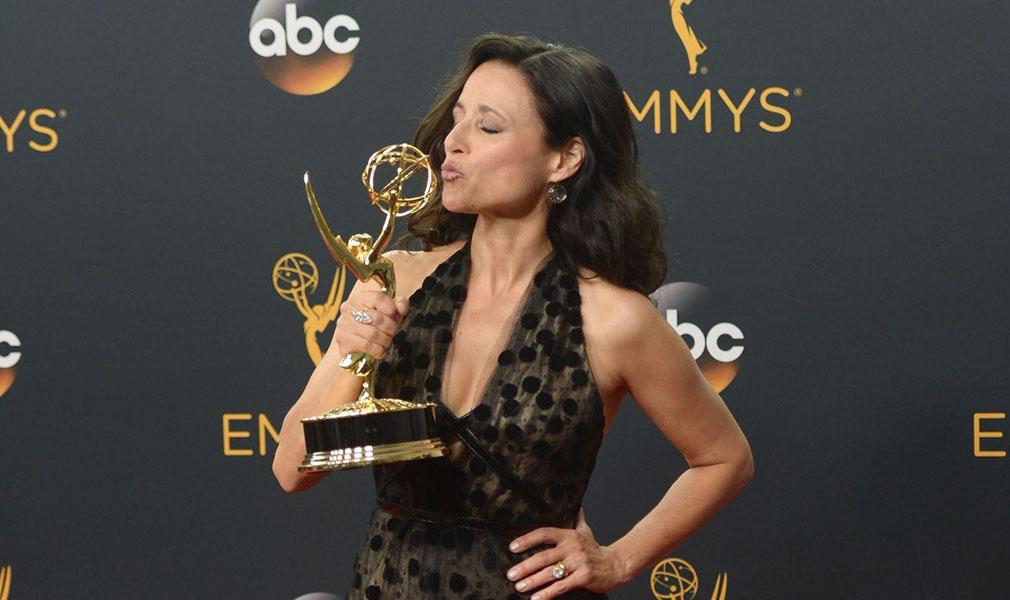 Premios Emmy 2016 lista de ganadores 'Veep' y 'Juego de Tronos' acaparan triunfos - Julia Louis-Dreyfus