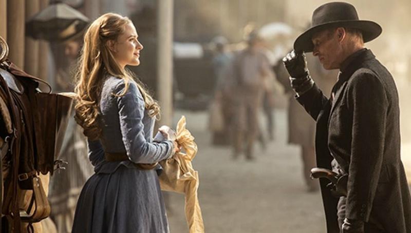 Westworld nuevas imágenes Anthony Hopkins tiene un escalofriante número de cabezas - Ed Harris y Evan Rachel Wood