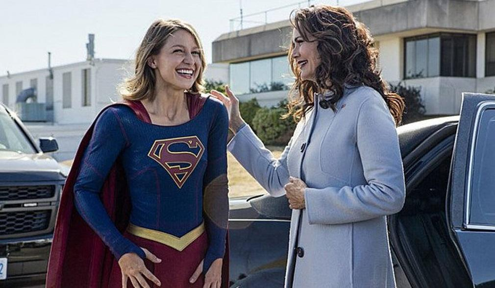 Supergirl temporada 2 promo 2x03 'Welcome to Earth' - Melissa Benoist (Supergirl) y Lynda Carter (Presidenta)