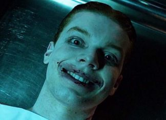 Gotham temporada 3 Cameron Monaghan con el traje real del Joker