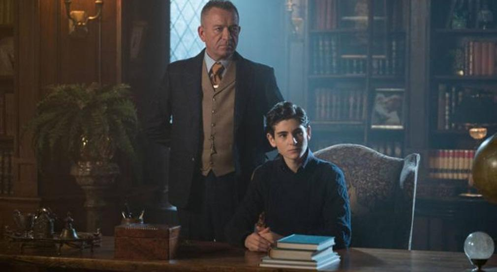 Gotham temporada 3 promo 3x13 'Smile Like You Mean It'