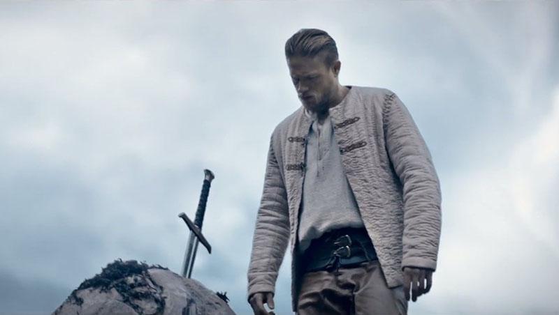 Películas recomendadas muy buenas para ver en 2017 - 04 'Rey Arturo. La Leyenda de Excalibur'