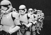 Star Wars 8, director sube fotos de las Tropas de Asalto