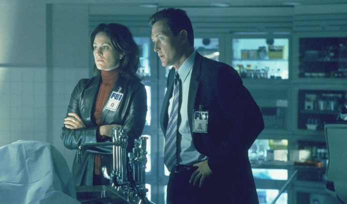 Annabeth Gish regresa en la temporada 11 de Expediente X