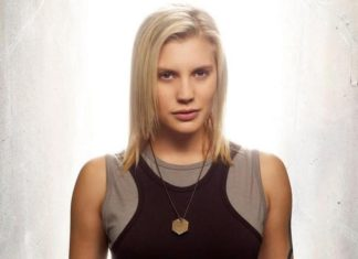 Katee Sackhoff será Blacksmith en la temporada 4 de 'The Flash'