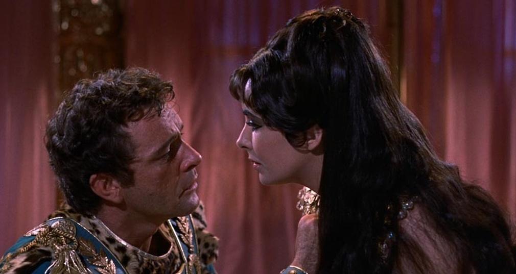 Denis Villeneuve negocia para dirigir una nueva versión de 'Cleopatra'