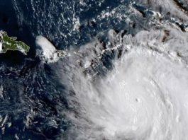El huracán María destroza la isla de Dominica y sigue avanzando por el Caribe