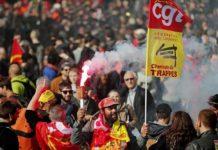 Emmanuel Macron supera su primera revuelta por las reformas laborales