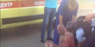 Le corta la cabeza al bebé de su sobrina en Rusia y la exhibe por la calle