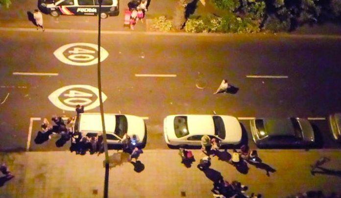 Encuentran en un barrio de Tenerife el cadáver de una mujer con la cara destrozada