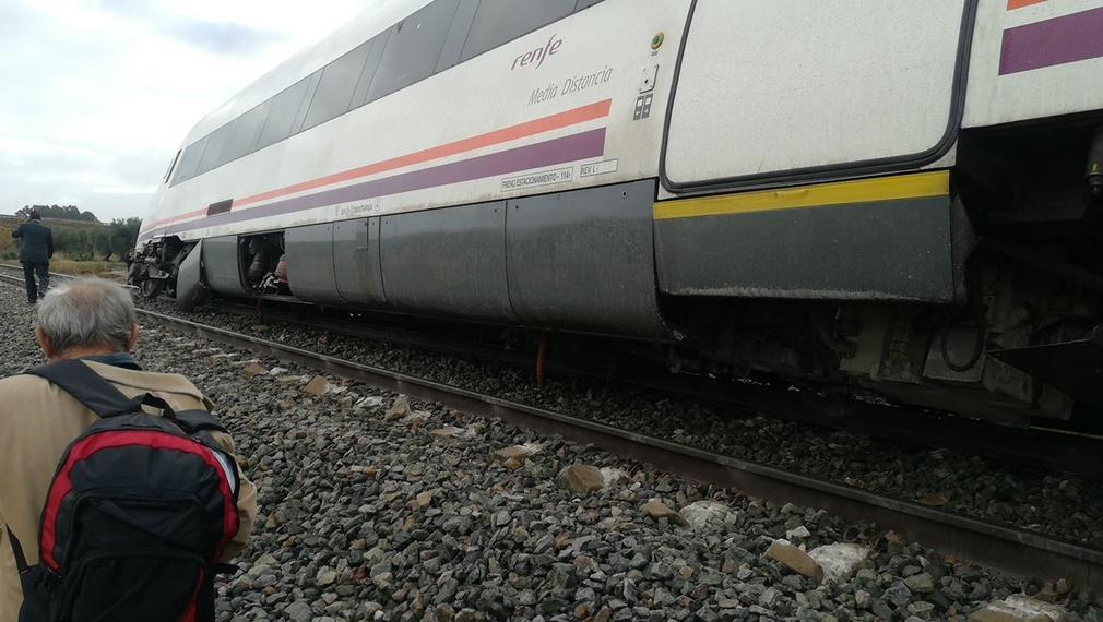Descarrila el tren Málaga-Sevilla causando varios heridos