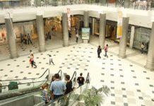 Detenido en Málaga por sacar fotos por debajo de la falda de una mujer