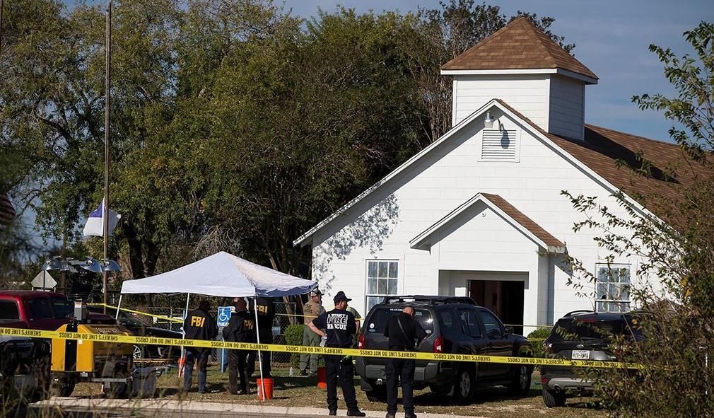 El autor de la masacre de Texas intento encontrar supervivientes para rematarlos