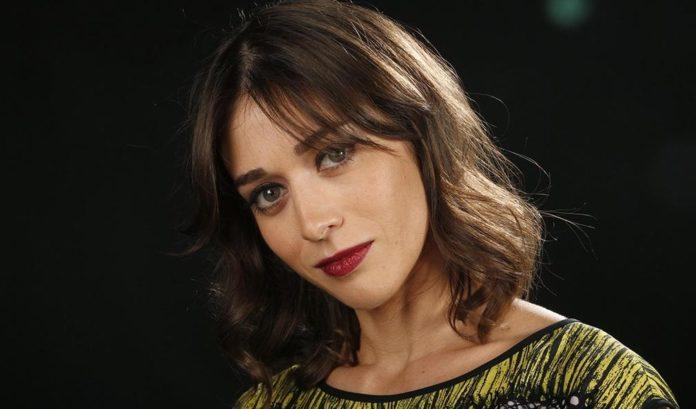 La actriz Lizzy Caplan cerca de incorporarse a 'Gambit' spin-off de la franquicia X-Men