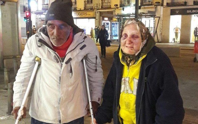 Vergonzosa e indignante agresión a una mujer de 84 años sin hogar