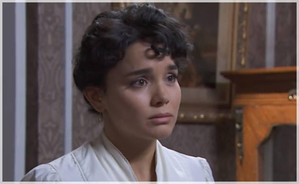 tomás le cuenta a blanca el pasado de Olga en acacias 38