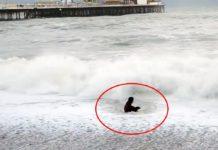 mujer valiente salva a su perro