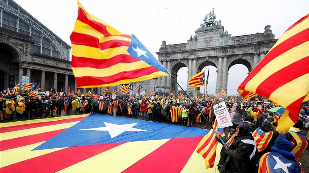 Multitudinaria manifestación en Bruselas a favor de la independencia de Cataluña