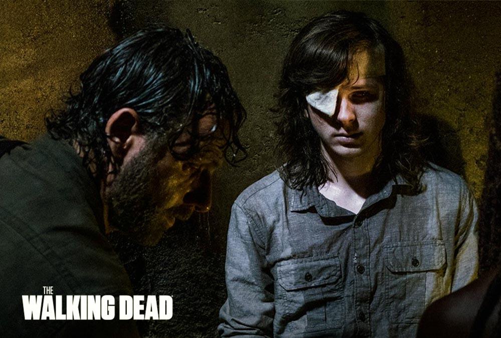 Fans recolectan firmas para retirar al director — The Walking Dead