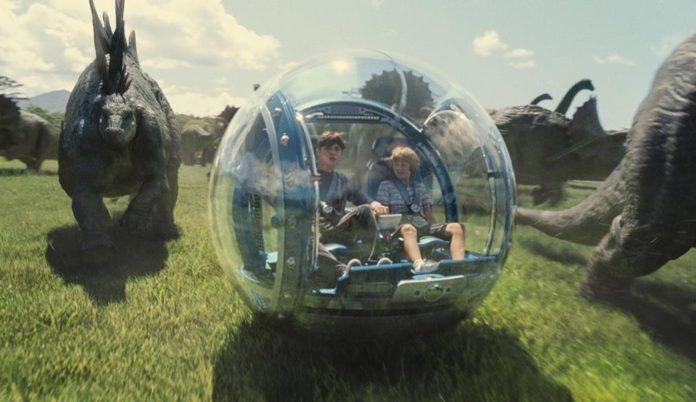 El guionista Colin Trevorrow regresa a la franquicia de dinosaurios en 'Jurassic World 3'