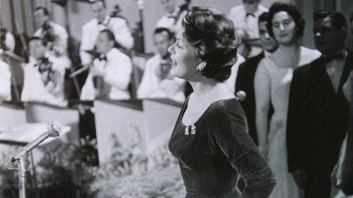 Fallece a los 94 años la cantante Lys Assia
