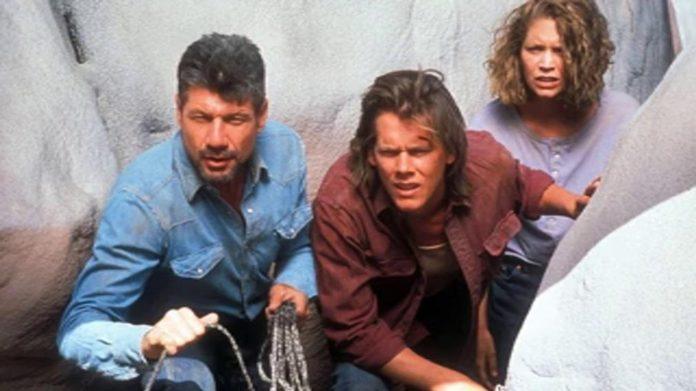 Syfy no seguirá con el reinicio de 'Temblores' protagonizada por Kevin Bacon