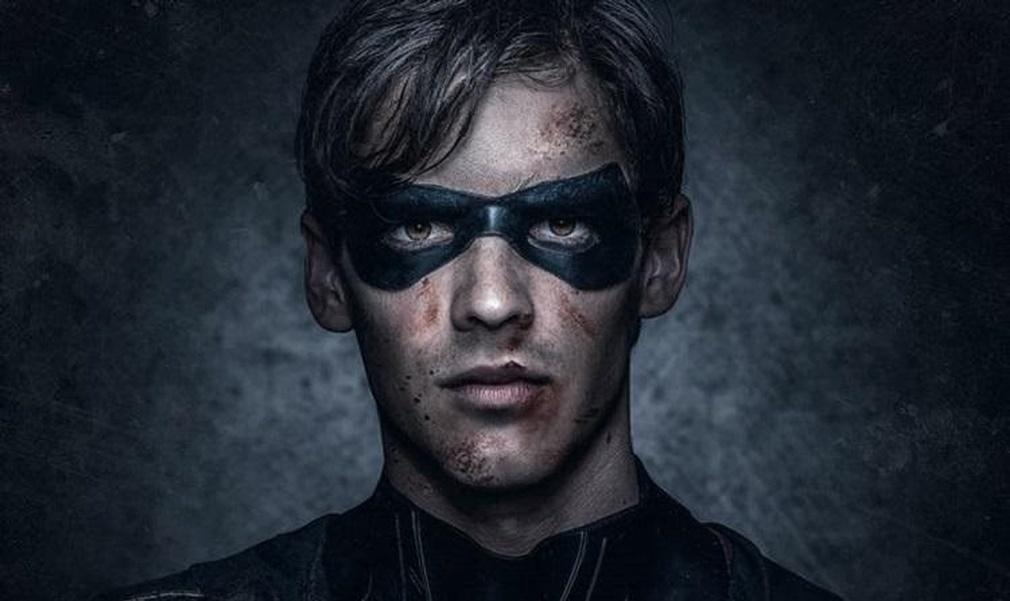 Brenton Thwaites como Robin en 'Titans'
