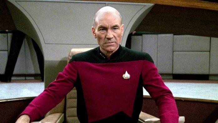 Patrick Stewart como el capitán Picard