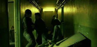 Escena de la lucha en el pasillo en la temporada 1 de 'Daredevil'